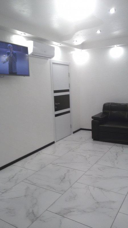 Апартаменты в новострое центр с новым ремонтом 2019 года. (1)