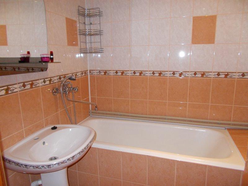 2-комнатная квартира посуточно, Моршин, ул. Ивана Франка, 9 (2)