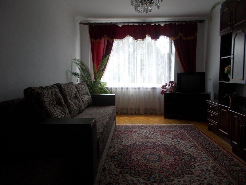 2-комнатная квартира посуточно, Моршин, ул. Ивана Франка, 9 (6)