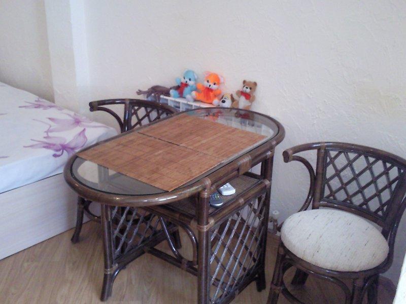 1-кімнатна квартира подобово, Ялта, вул. Чехова, 19 (2)
