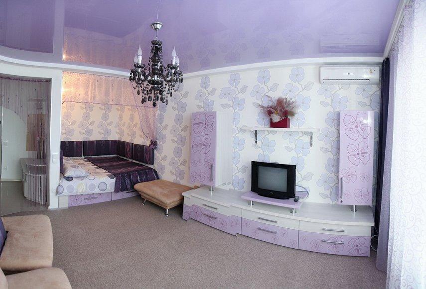 1-комнатная квартира посуточно, Хмельник, ул. 1 Мая, 11 (3)