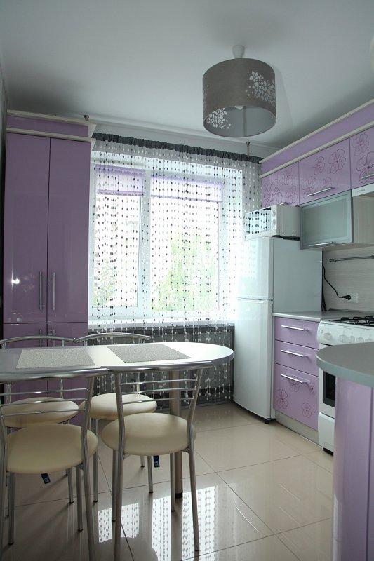 1-комнатная квартира посуточно, Хмельник, ул. 1 Мая, 11 (5)