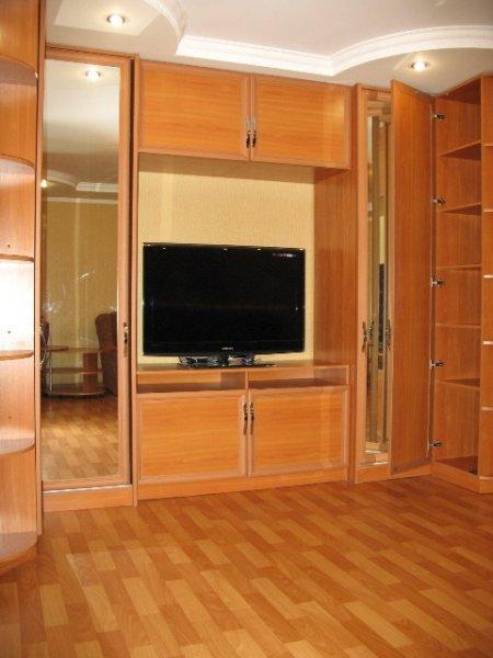Романтическая евро-квартира для двоих в центре Евпатории, посуточно (1)