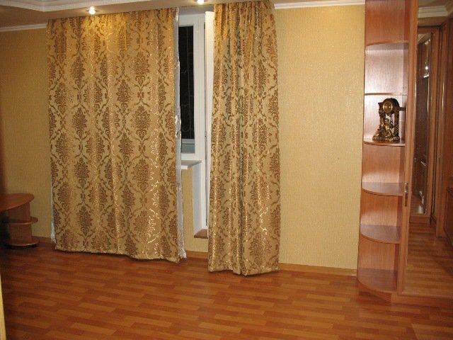 Романтическая евро-квартира для двоих в центре Евпатории, посуточно (3)