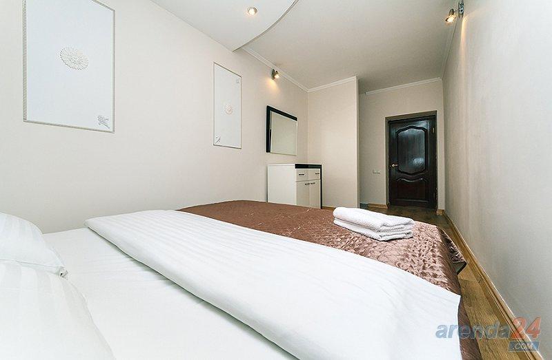 Современные апартаменты с двумя спальнями возле метро Олимпийский, Дворец Украина. (2)