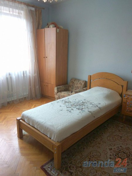 Комната посуточно, Моршин, ул. Привокзальная, 11a (7)