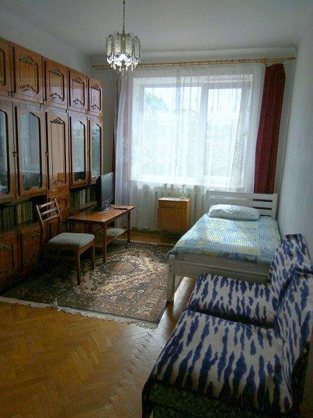 Комната посуточно, Моршин, ул. Привокзальная, 11a (3)