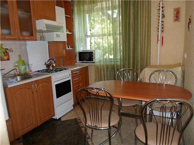2-кімнатна квартира подобово, Одеса, вул. , 42а (9)