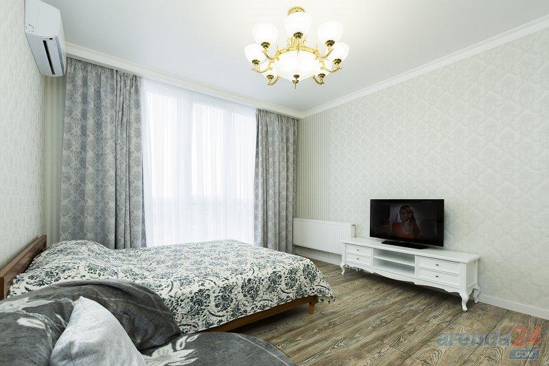 2-комнатная квартира посуточно, Киев, ул. Григория Андрющенко, 6г