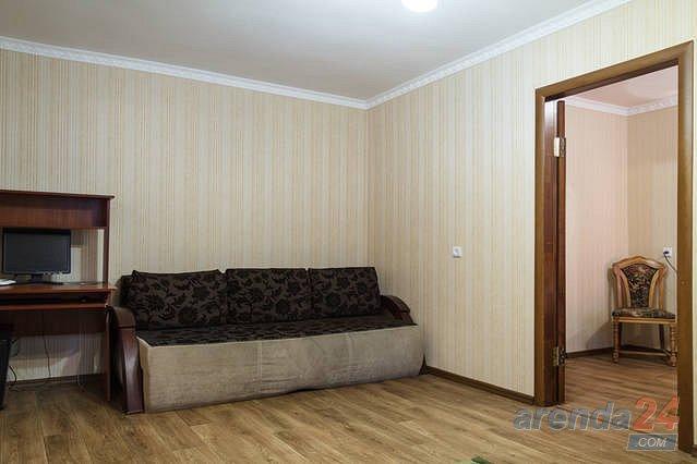 Двухкомнатная очень уютная квартира, в сердце города (5)