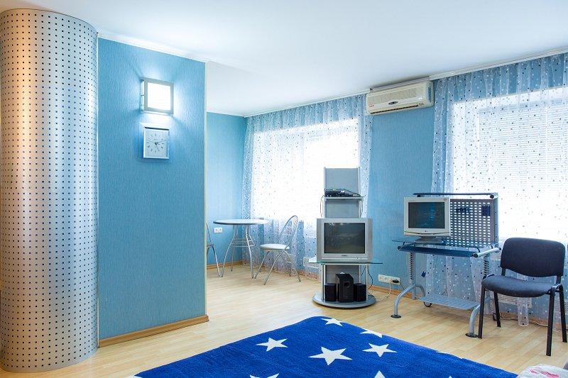 1-кімнатна квартира подобово, Миколаїв, просп. Леніна, 76 (1)