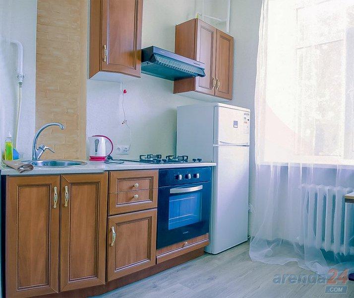 Уютная квартира на улице Адмиральская! Центр города! (2)