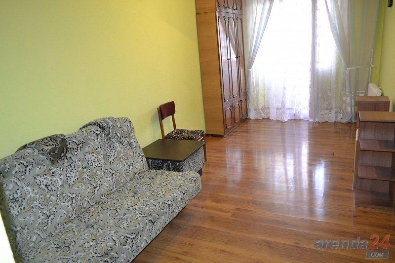 2-х комнатная квартира в Центре Каменец-Подольского (1)