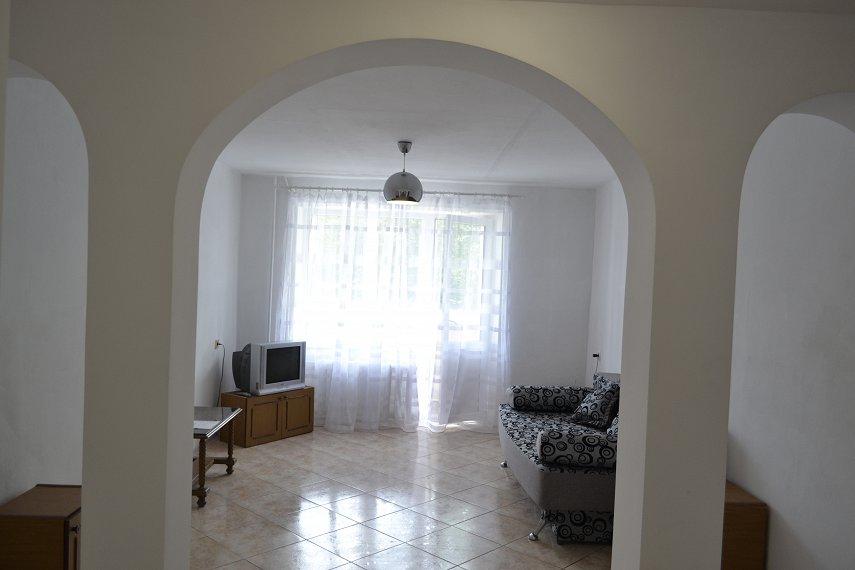 2-комнатная квартира посуточно, Каменец-Подольский, ул. Фабрициуса, 9 (4)