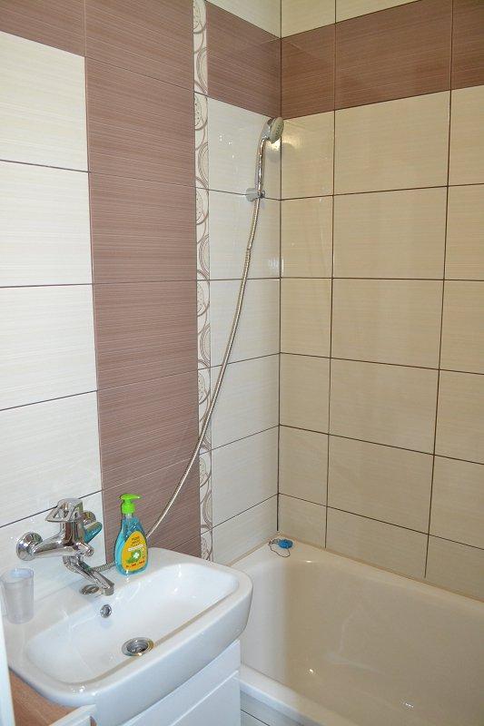 2-комнатная квартира посуточно, Каменец-Подольский, ул. Фабрициуса, 9 (8)