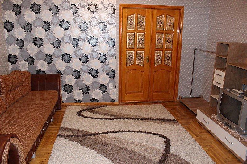 2-кімнатна квартира подобово, Трускавець, вул. І.Мазепи, 4