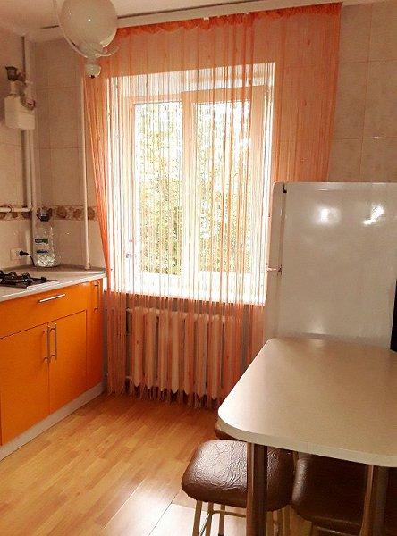 1-кімнатна квартира подобово, Чернівці, просп. Незалежності, 115 (4)