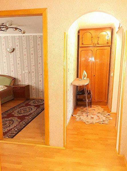 1-кімнатна квартира подобово, Чернівці, просп. Незалежності, 115 (5)