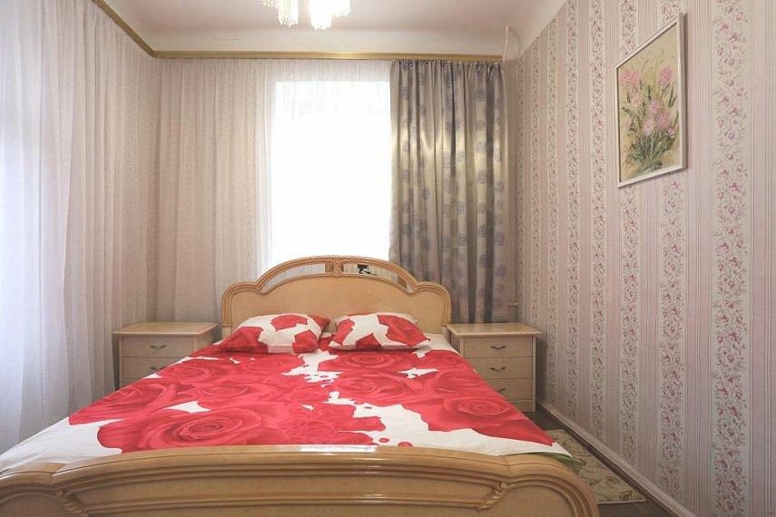 3-комнатная квартира посуточно, Киев, ул. Малая Житомирская, 20г