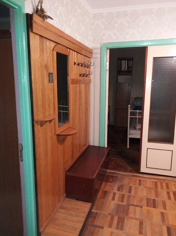 2-комнатная квартира посуточно, Берегово, ул. Лоняи, 17 (2)