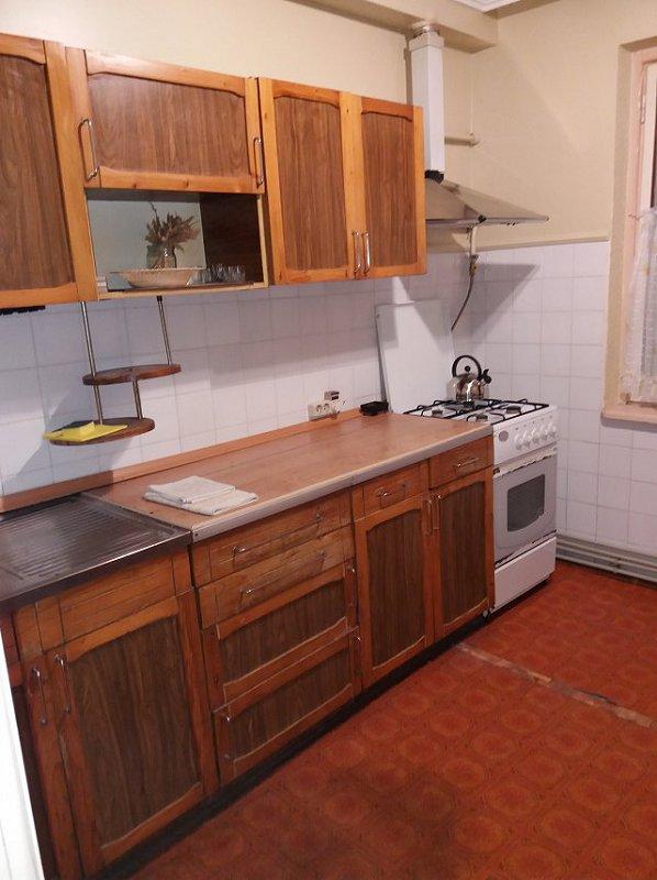 2-комнатная квартира посуточно, Берегово, ул. Лоняи, 17 (3)