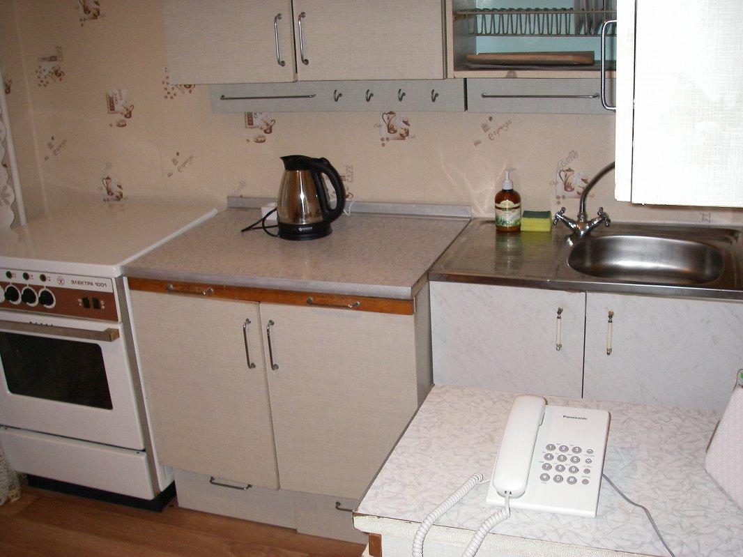 Сдам отдельную квартиру посуточно Киев, Бажана проспект, 4 спальных места (3)