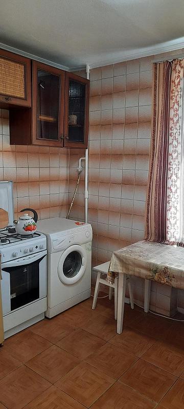 2-комнатная квартира посуточно, Киев, ул. Липховского, 23 (2)