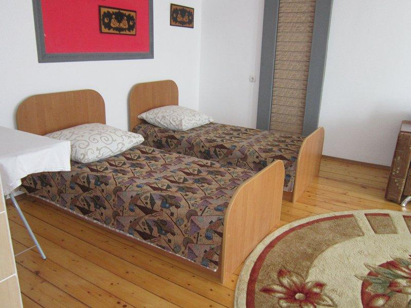 1-комнатная квартира посуточно, Моршин, ул. 50-летия УПА, 4 (2)