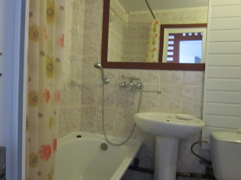 1-комнатная квартира посуточно, Моршин, ул. 50-летия УПА, 4 (4)