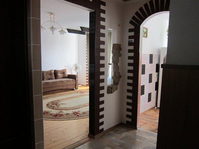 1-комнатная квартира посуточно, Моршин, ул. 50-летия УПА, 4 (5)