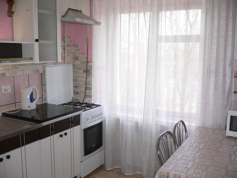 1к квартира подобово / посуточно (1)