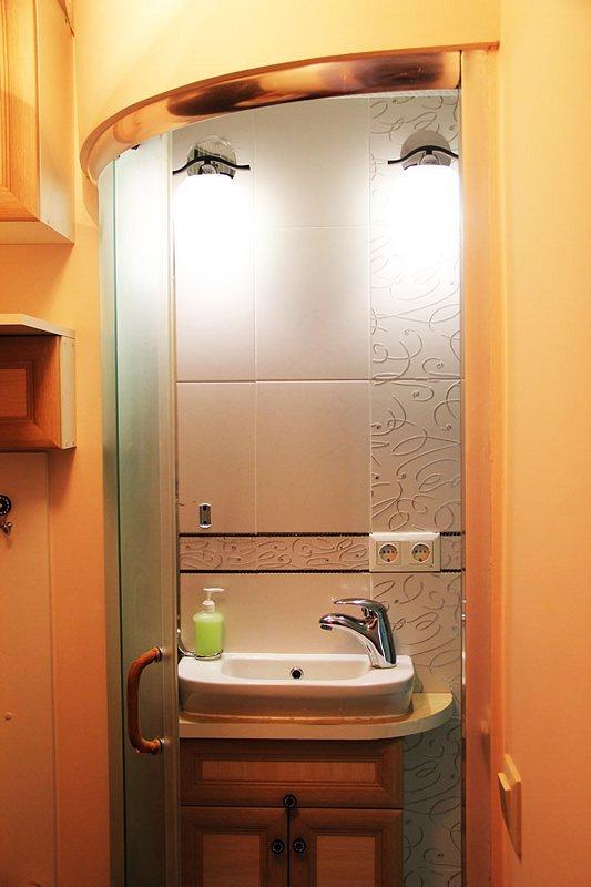 1-комнатная квартира посуточно в Ивано-Франковске. ул. Гетьмана Мазепы, 3 (9)