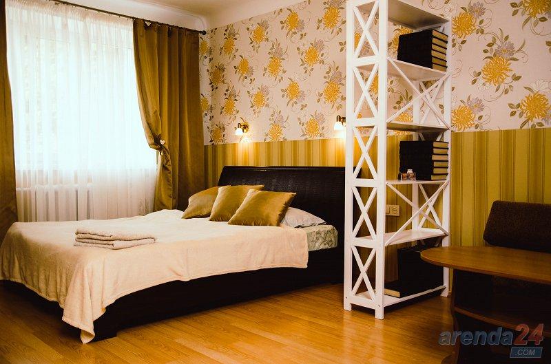 1-комнатная квартира посуточно, Чернигов, просп. Мира, 35