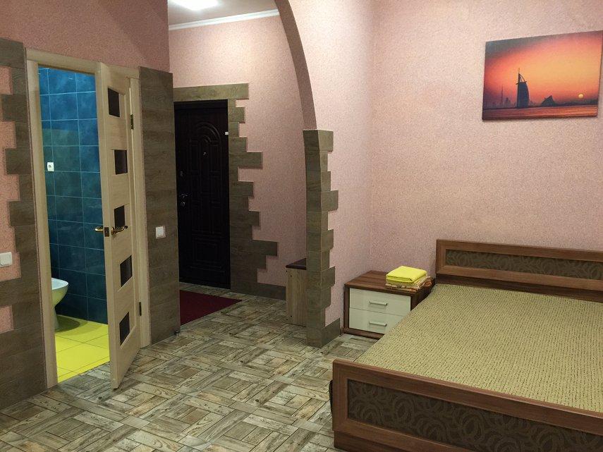 1-комнатная квартира посуточно, Кривой Рог, просп. Мира, 33 (1)
