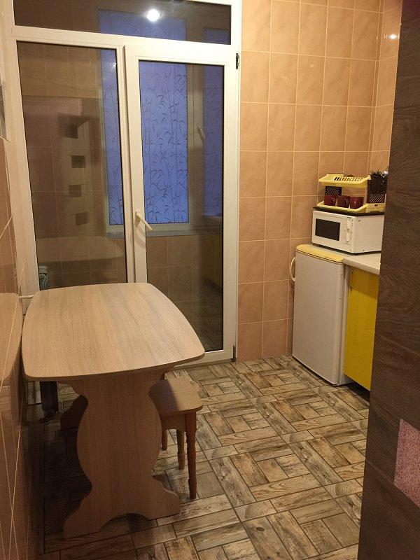 1-комнатная квартира посуточно, Кривой Рог, просп. Мира, 33 (7)