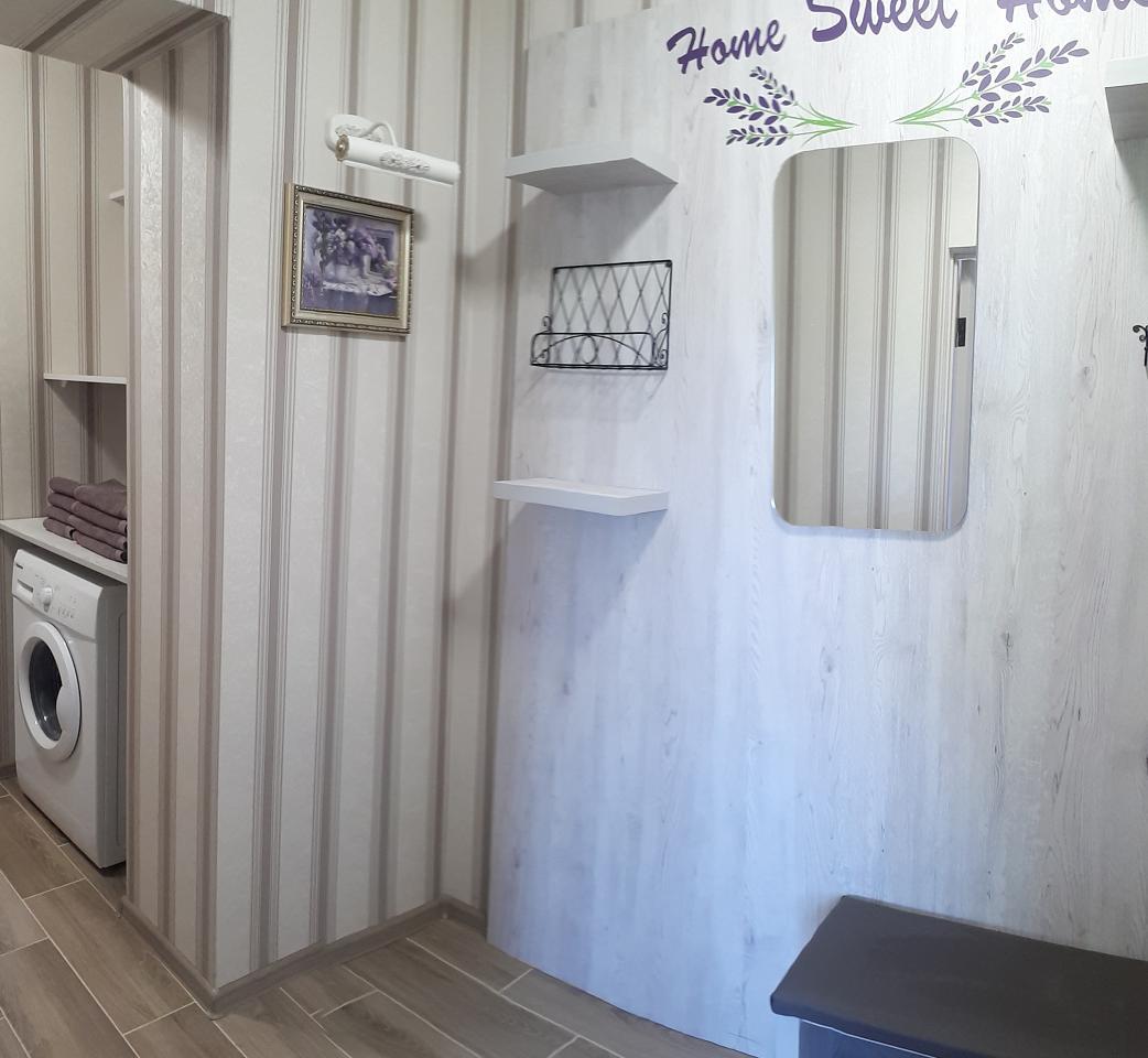 Сдается комфортабельная 2-комн. квартира с уютной лоджией около термального басейна (7)