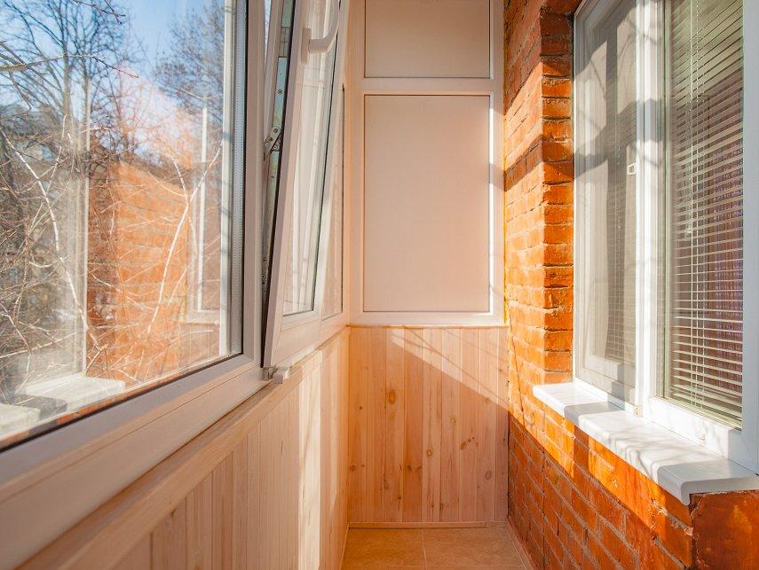 1-комнатная посуточно (м.Лукьяновская) (1)