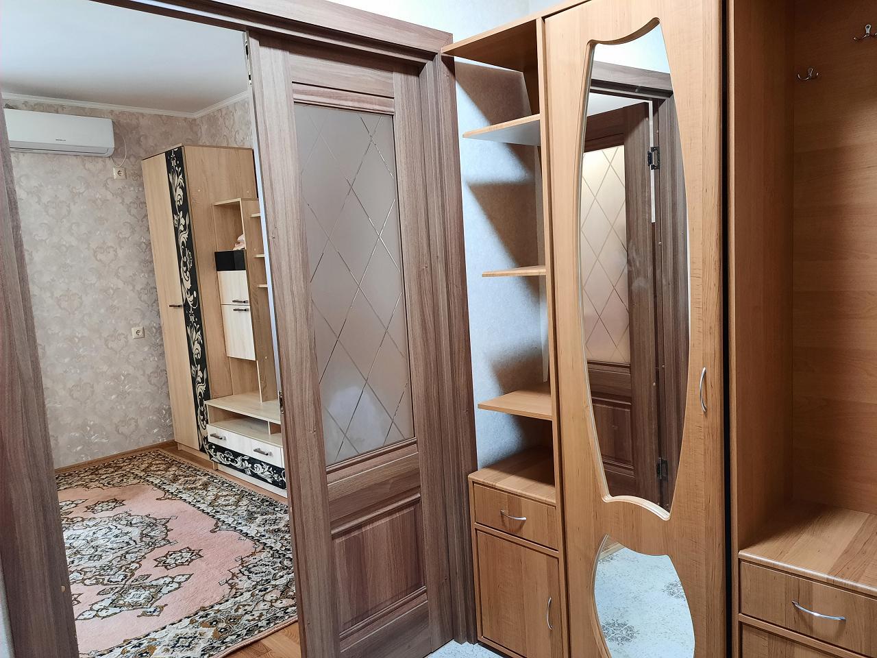 Уютная 1-комнатная квартира (4)