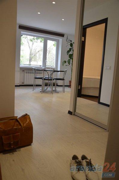 2-комнатная квартира посуточно, Кривой Рог, просп. Металлургов, 30 (2)