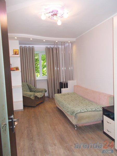 Сдам свою двух комнатную квартиру возле моря. (8)