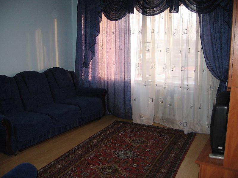 2-комнатная квартира посуточно, Луцк, ул. Соборности, 42а