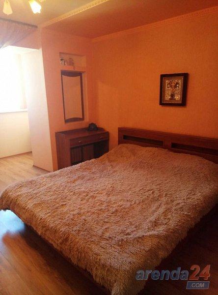 Сдам квартиру в районе большой таврии (3)