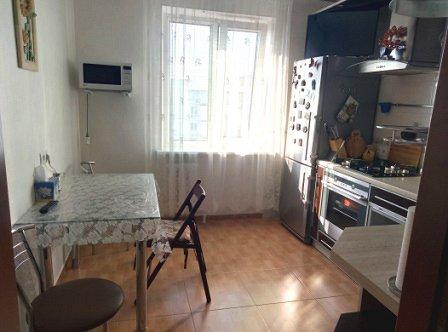 Сдаётся 2-комнатная квартира посуточно (3)