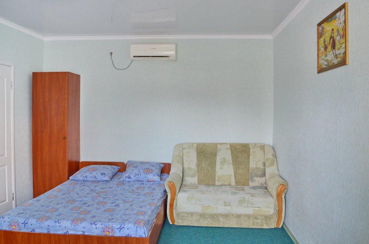 Міні-готель подобово, Бердянск, вул. Гостинна, 108 (5)