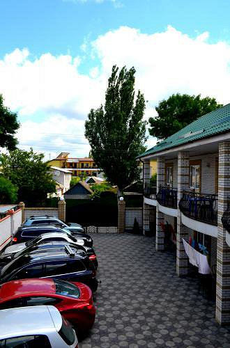 Міні-готель подобово, Бердянск, вул. Гостинна, 108 (8)