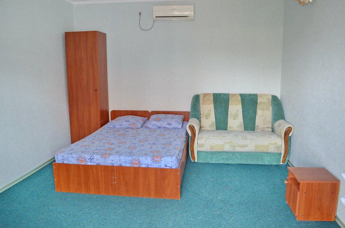 Міні-готель подобово, Бердянск, вул. Гостинна, 108 (9)
