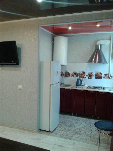 1-кімнатна квартира подобово, Керч, вул. Кірова, 3 (3)