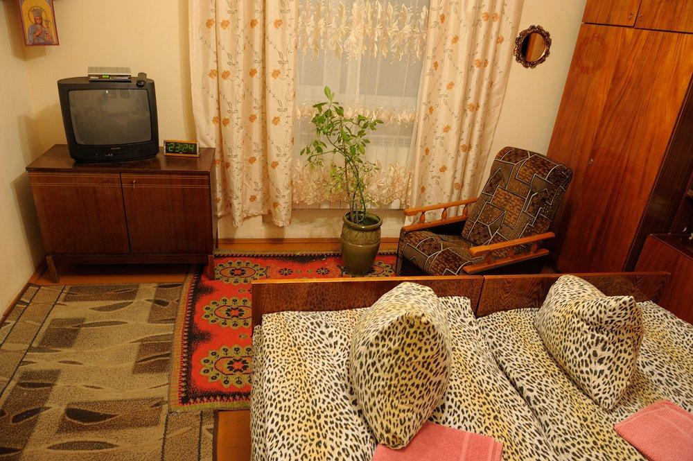 Очень уютная комната в частном доме, гостеприимная хозяйка (1)