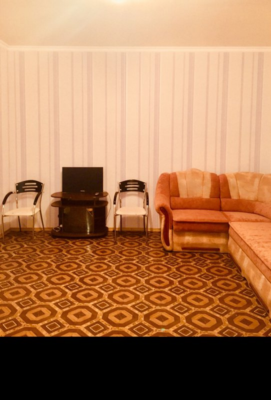 2-комнатная квартира посуточно, Кировоград, ул. Преображенская, 84