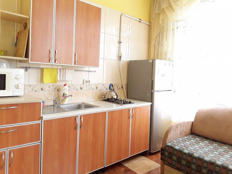Відмінна квартира Р-н торг. центр Майдан. (2)